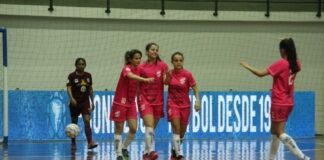 Leoas da Serra goleiam na estreia da Libertadores de Futsal Feminino 883eab3b4f9b1